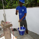The Water Project : 63-sierraleone5105-pump-installation