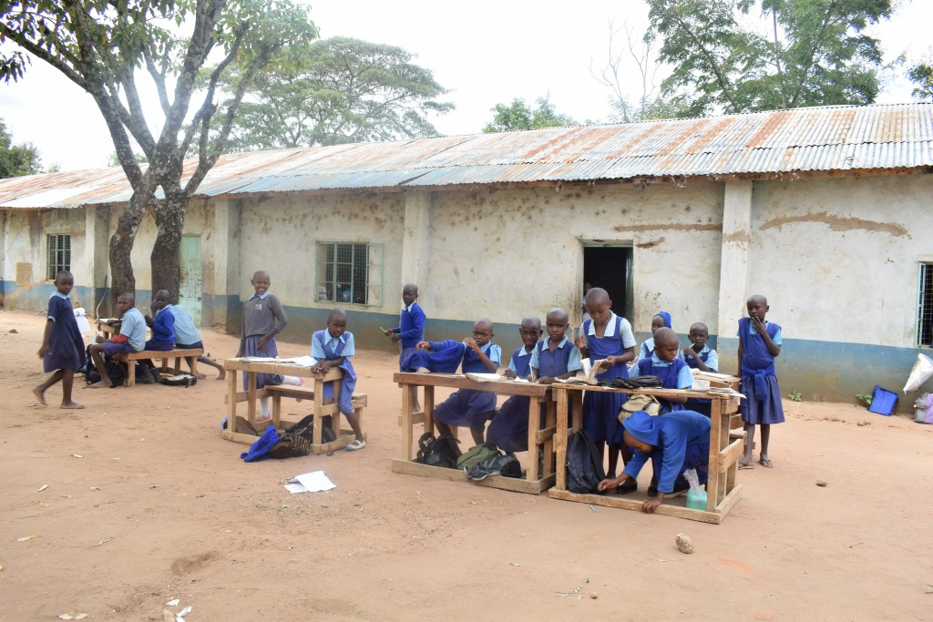 The Water Project : 1-kenya4797-students