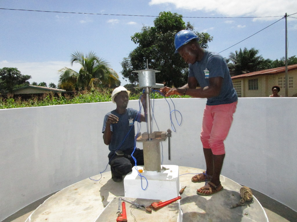 10 sierraleone5115 pump installation