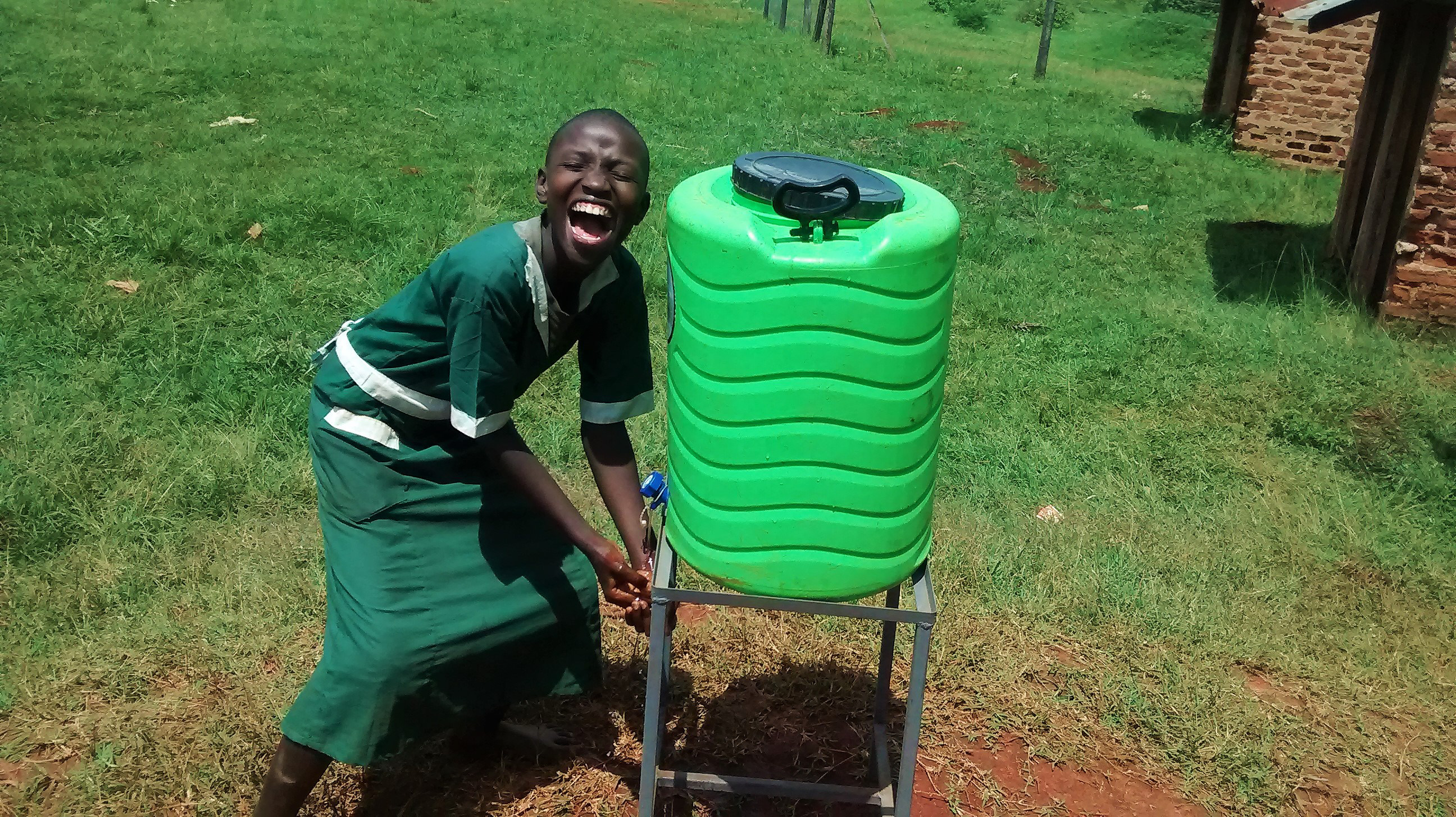 13 kenya4666 hand-washing stations