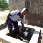 The Water Project : 14-kenya4828-clean-water