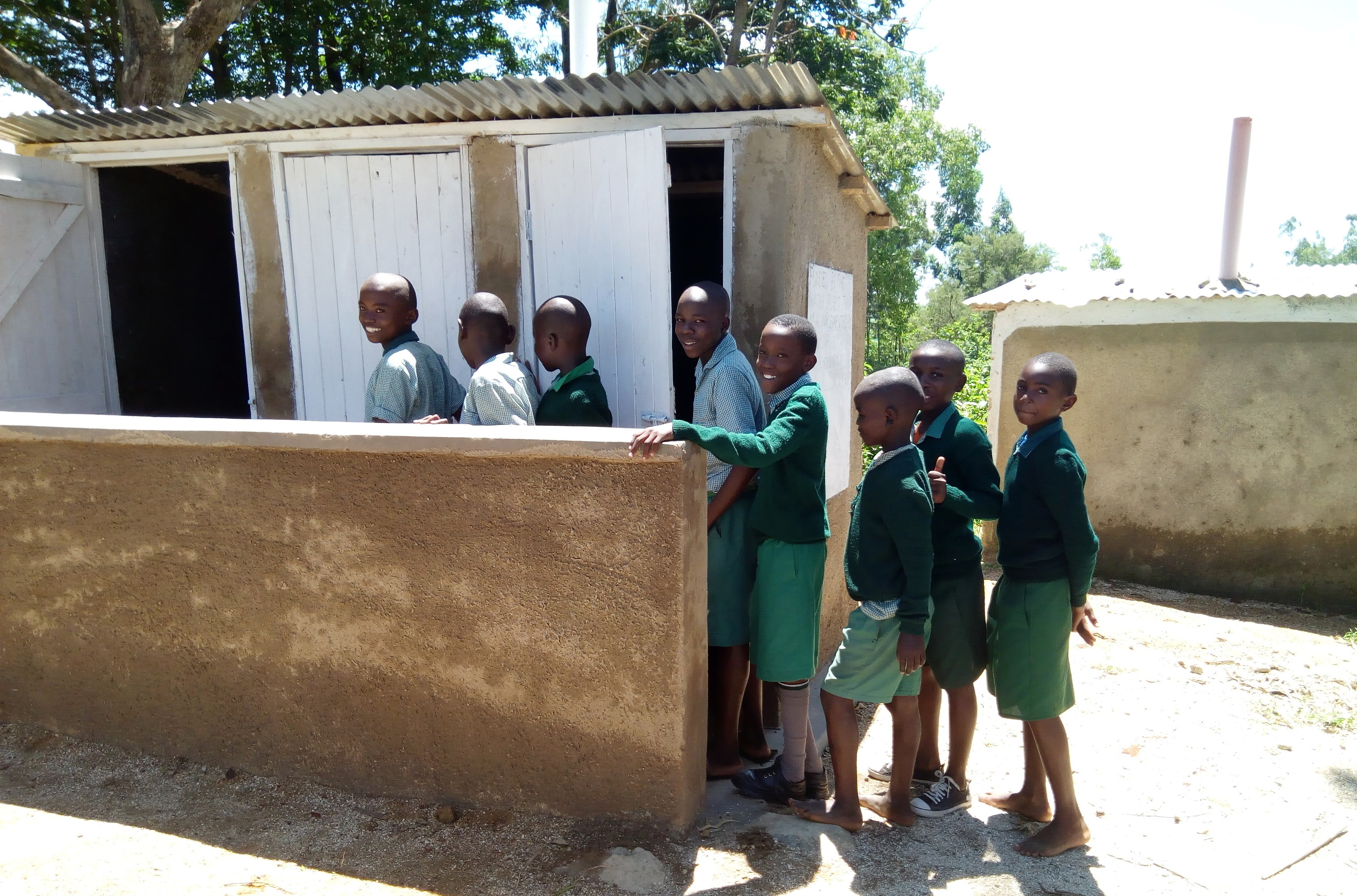 17 kenya4661 finished latrines
