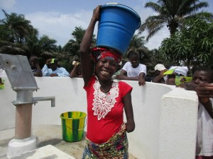 The Water Project : 17-sierraleone5121-clean-water