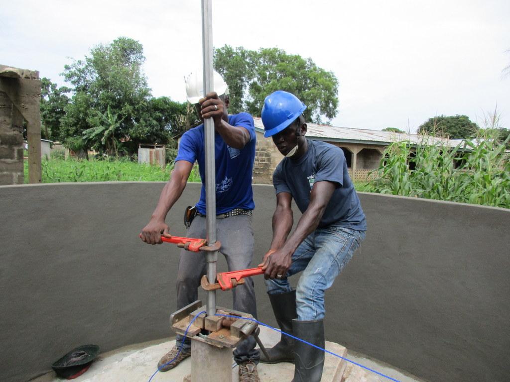 18 sierraleone5116 pump installation