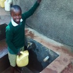 The Water Project : 19-kenya4666-clean-water
