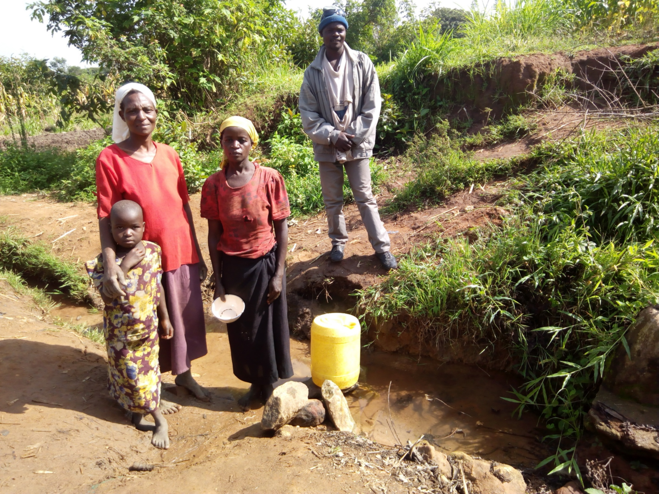 The Water Project : 2-kenya4847-fetching-water