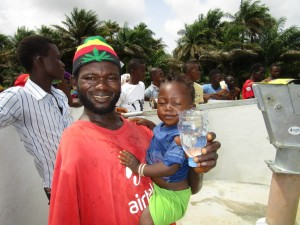 The Water Project : 22-sierraleone5121-clean-water