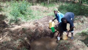The Water Project : 3-kenya4750-fetching-water