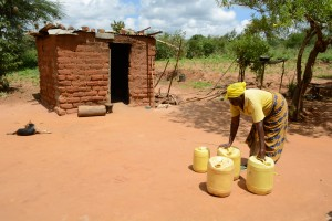 The Water Project : 3-kenya4770-justina-pius-and-her-jerrycans