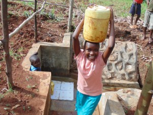 The Water Project : 31-kenya4719-clean-water