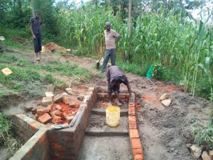 The Water Project : 7-kenya4725-construction