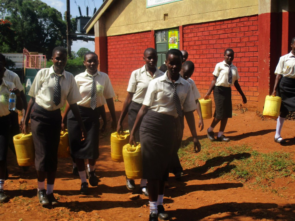 The Water Project : 7-kenya4834-carrying-heavy-water