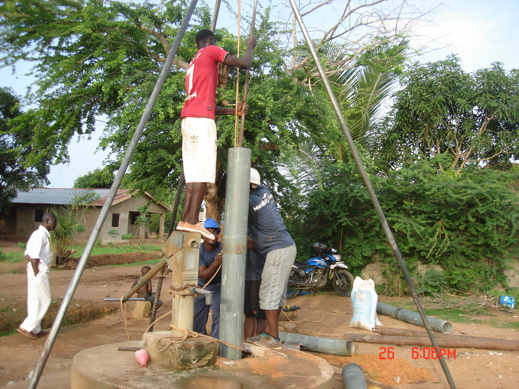 The Water Project : 7-sierraleone5115-drilling