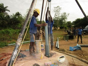 The Water Project : 7-sierraleone5121-drilling