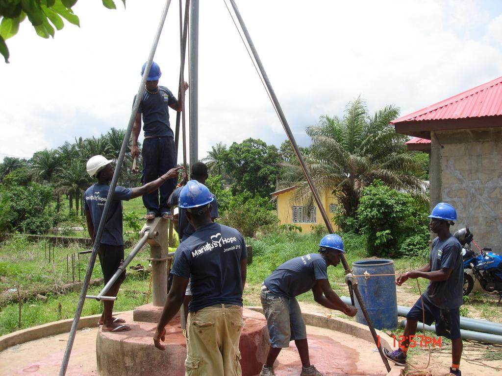 9 sierraleone5117 drilling