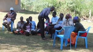 The Water Project : 1-kenya4804-reconnecting-with-the-group