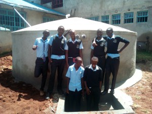 The Water Project : 17-kenya4660-finished-tank