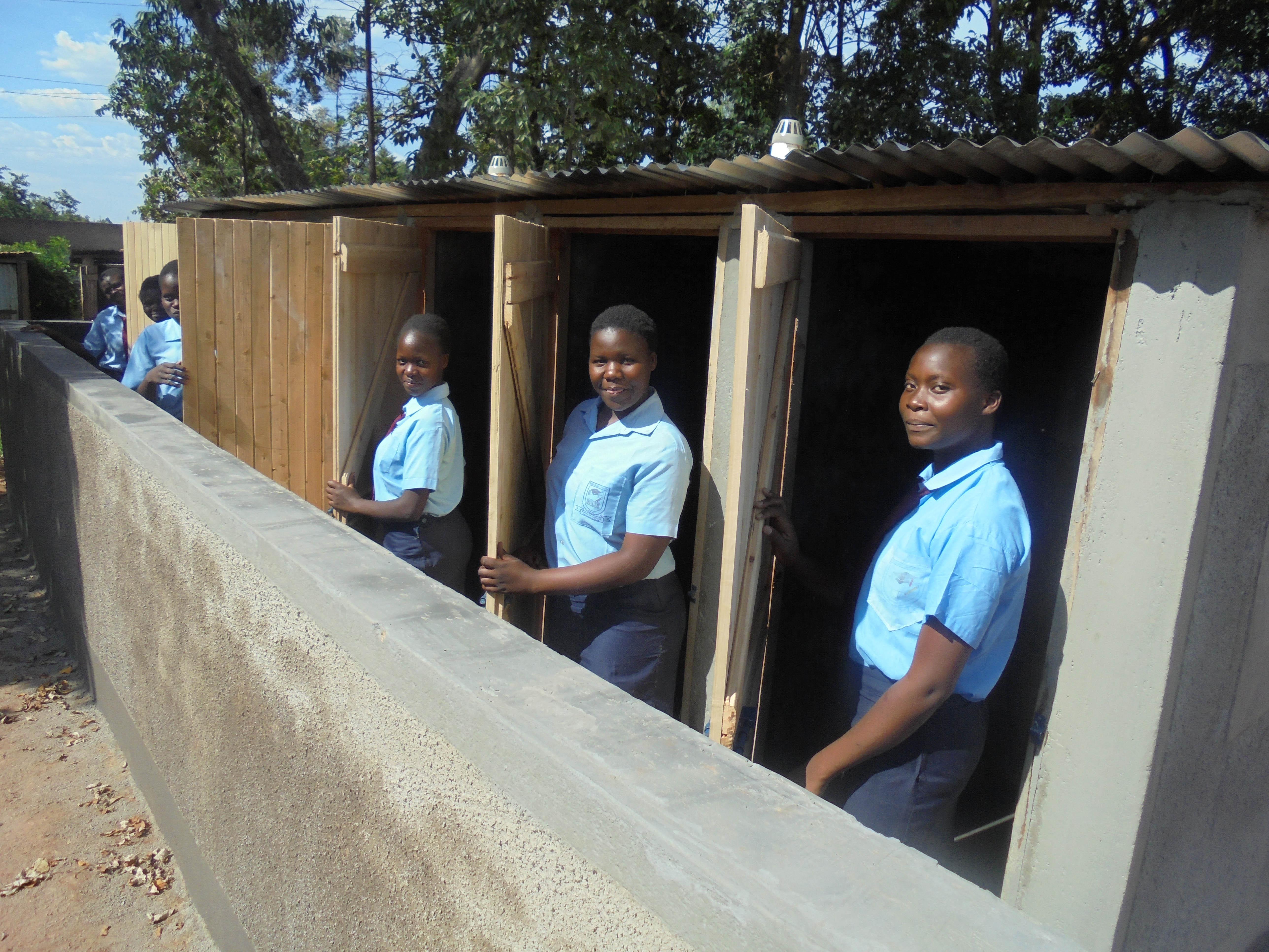 19 kenya4651 new latrines