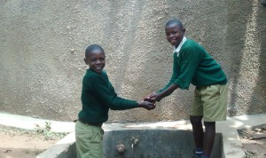 The Water Project : 23-kenya4658-clean-water