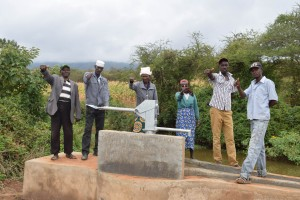 The Water Project : 11-kenya4785-clean-water