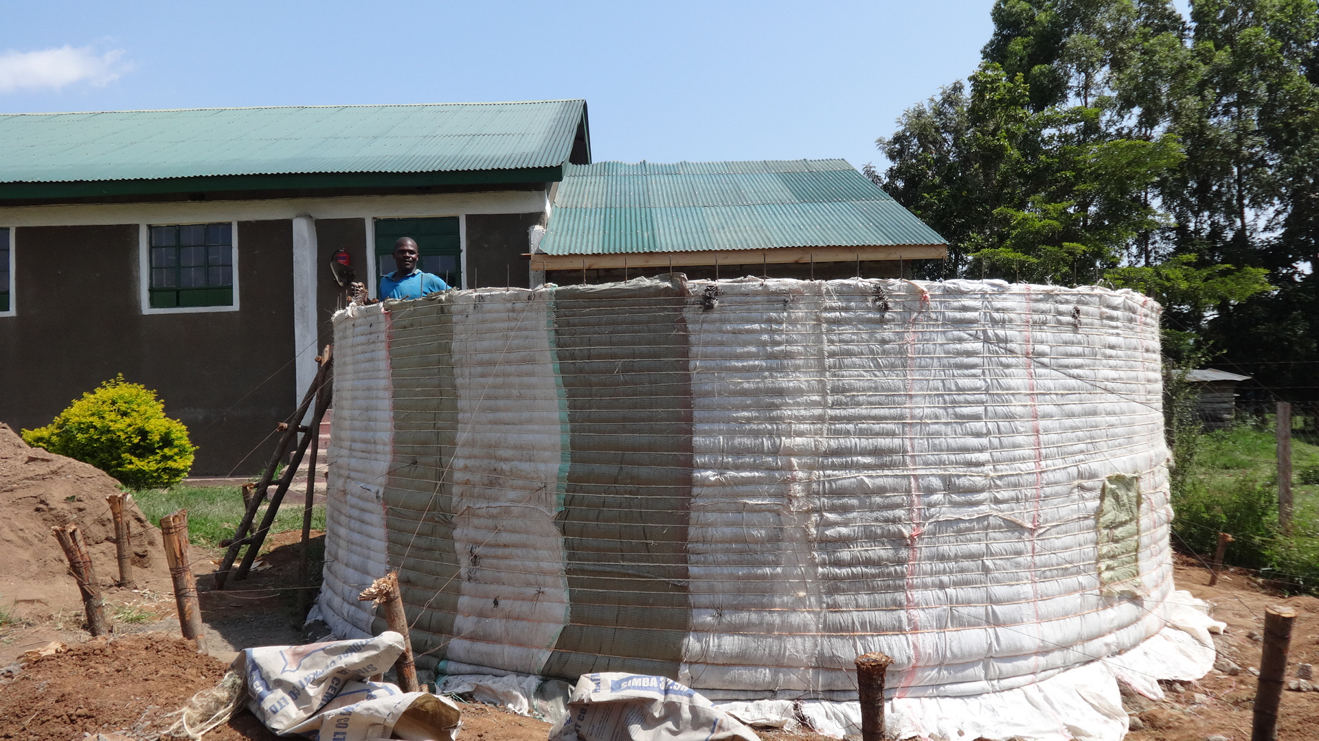 12 kenya4669 construction