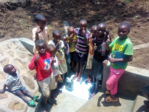 The Water Project : 12-kenya4728-clean-water