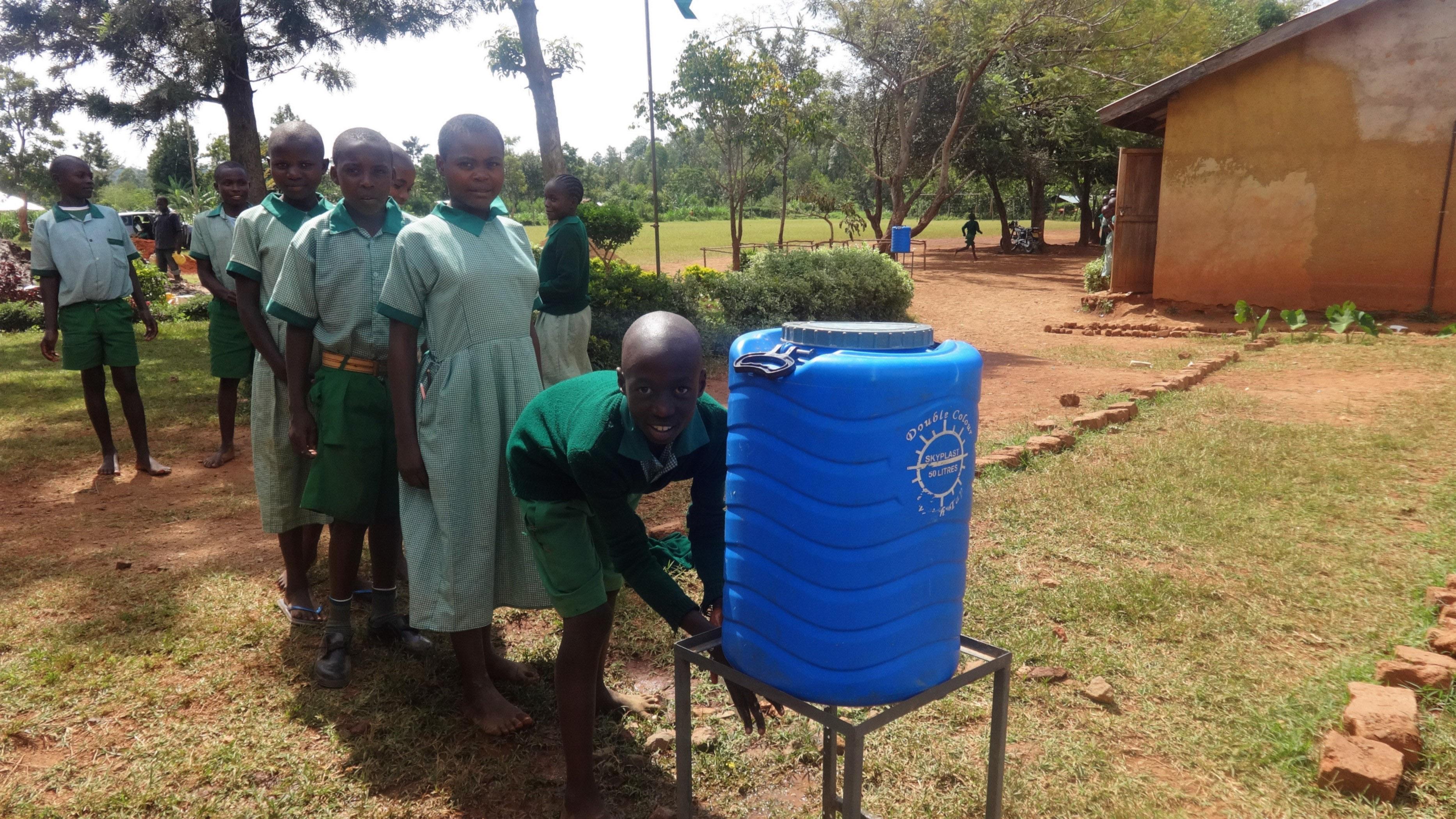 15 kenya4677 hand-washing station