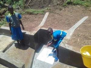 The Water Project : 15-kenya4737-clean-water