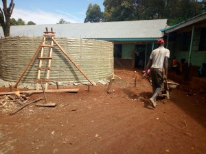The Water Project : 17-kenya4659-construction