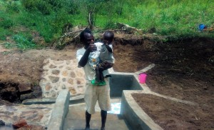 The Water Project : 17-kenya4728-clean-water