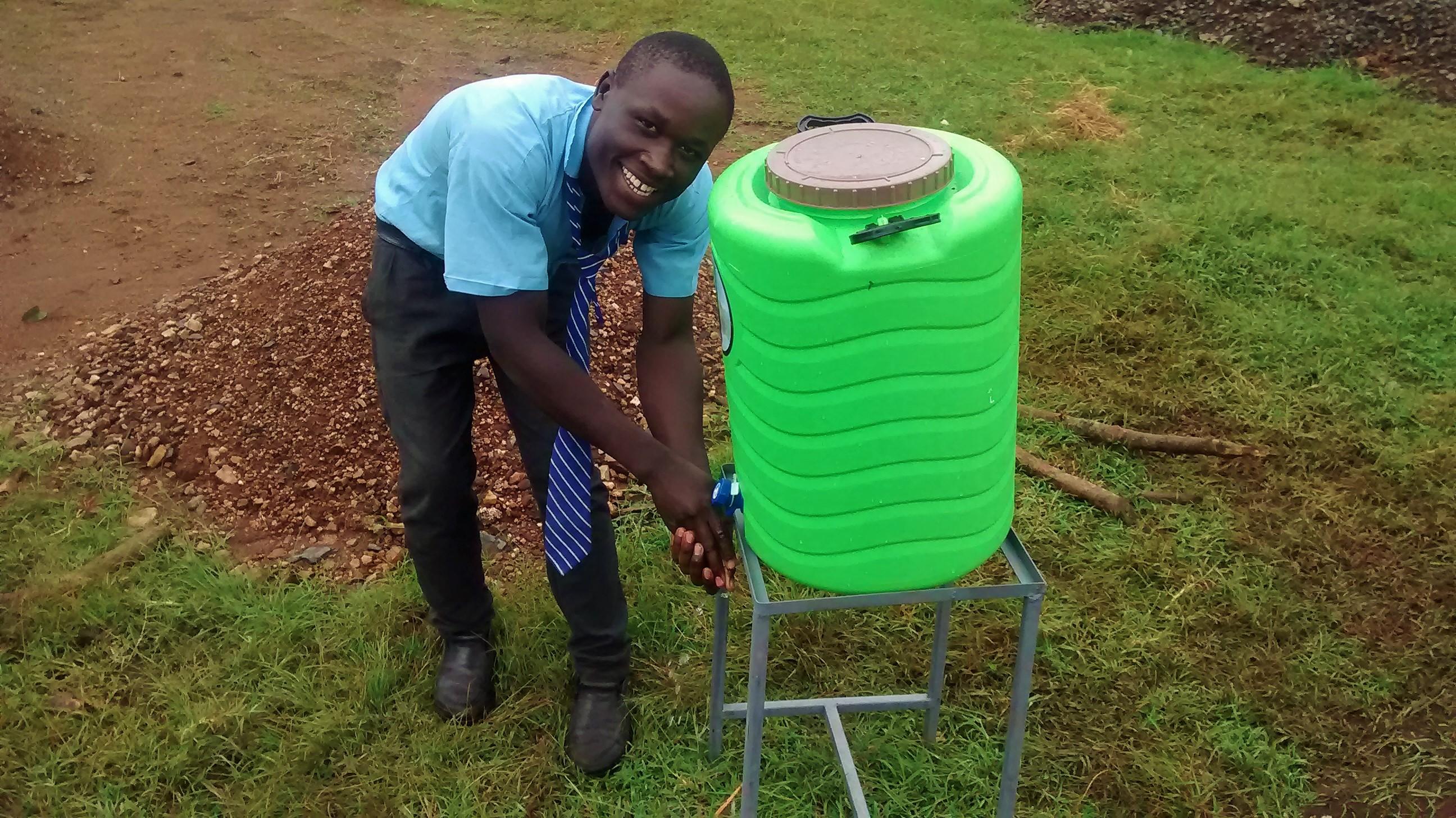 18 kenya4667 hand-washing station