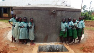 The Water Project : 18-kenya4677-clean-water