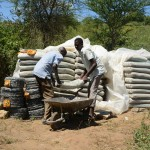 The Water Project : 18-kenya4765-construction