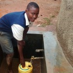 The Water Project : 26-kenya4674-clean-water