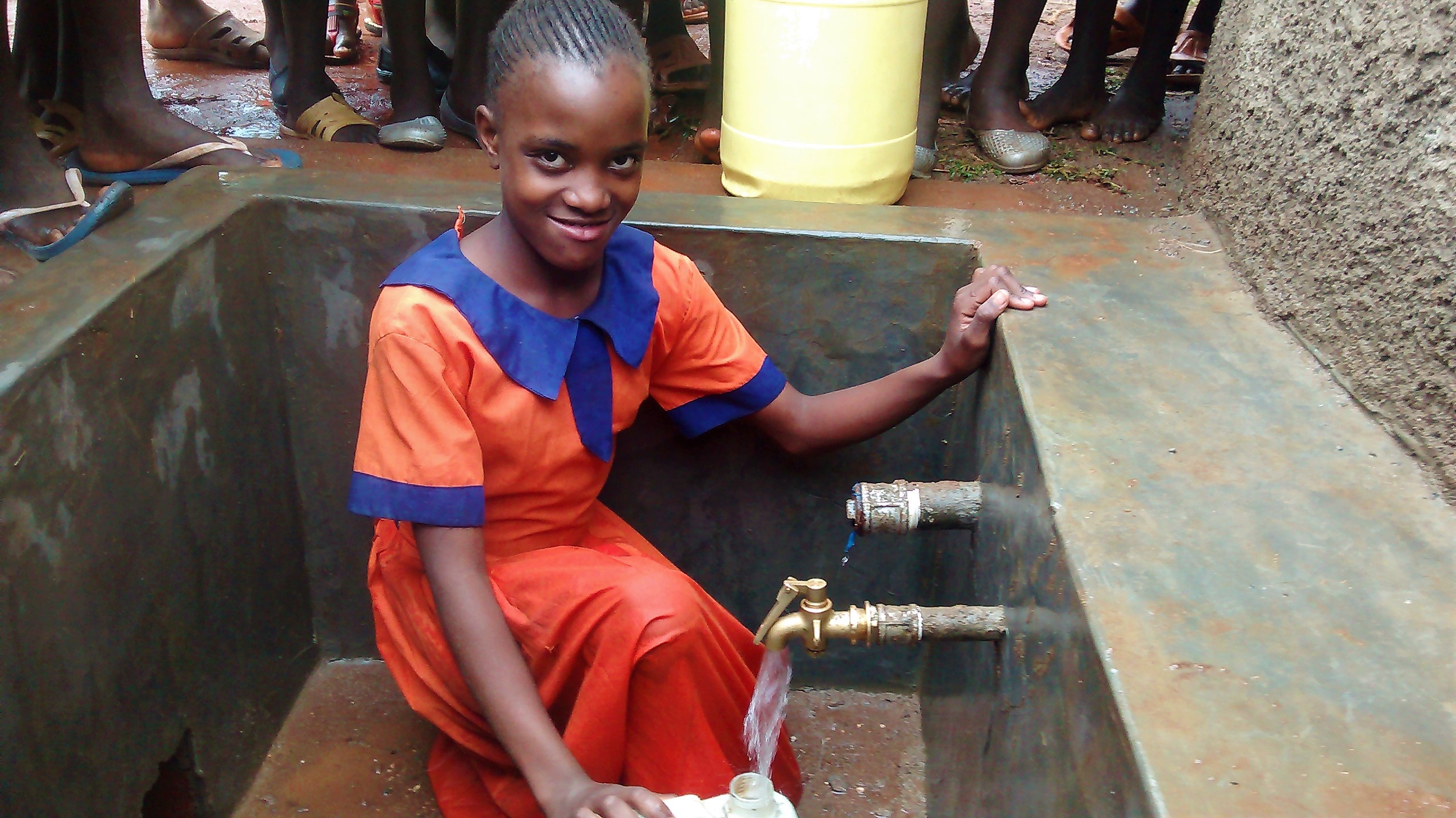 The Water Project : 27-kenya4674-clean-water