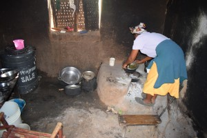 The Water Project : 3-kenya4769-josephine-kiilu-kitchen
