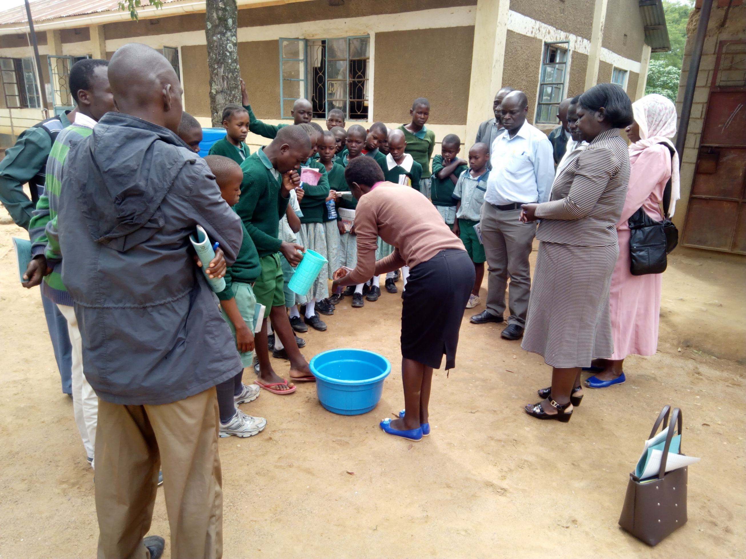 4 kenya4830 hand-washing