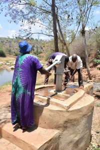 The Water Project : 6-kenya4778-clean-water