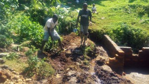 The Water Project : 9-kenya4737-construction