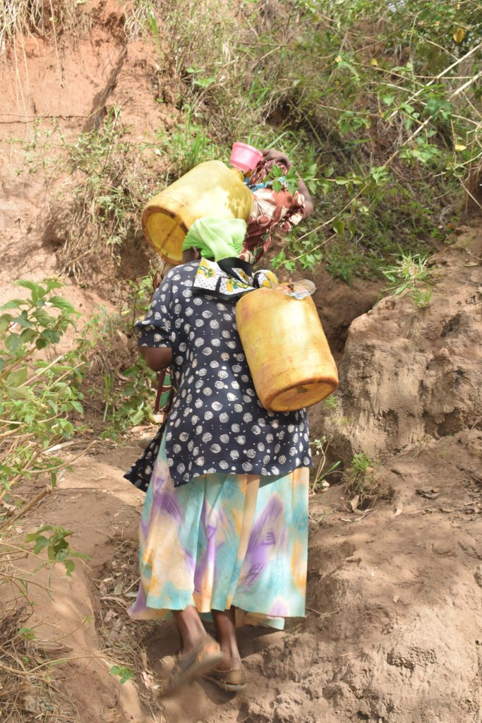 The Water Project : 10-kenya4859-carrying-water