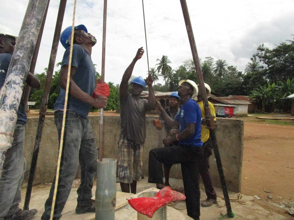 The Water Project : 11-sierraleone5120-drilling
