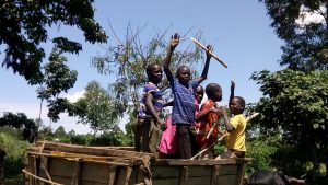 The Water Project : 12-kenya4848-here-to-help