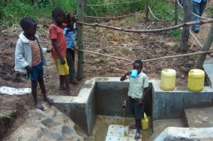 The Water Project : 14-kenya4736-clean-water