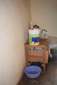 The Water Project : 14-kenya4869-hand-washing-station