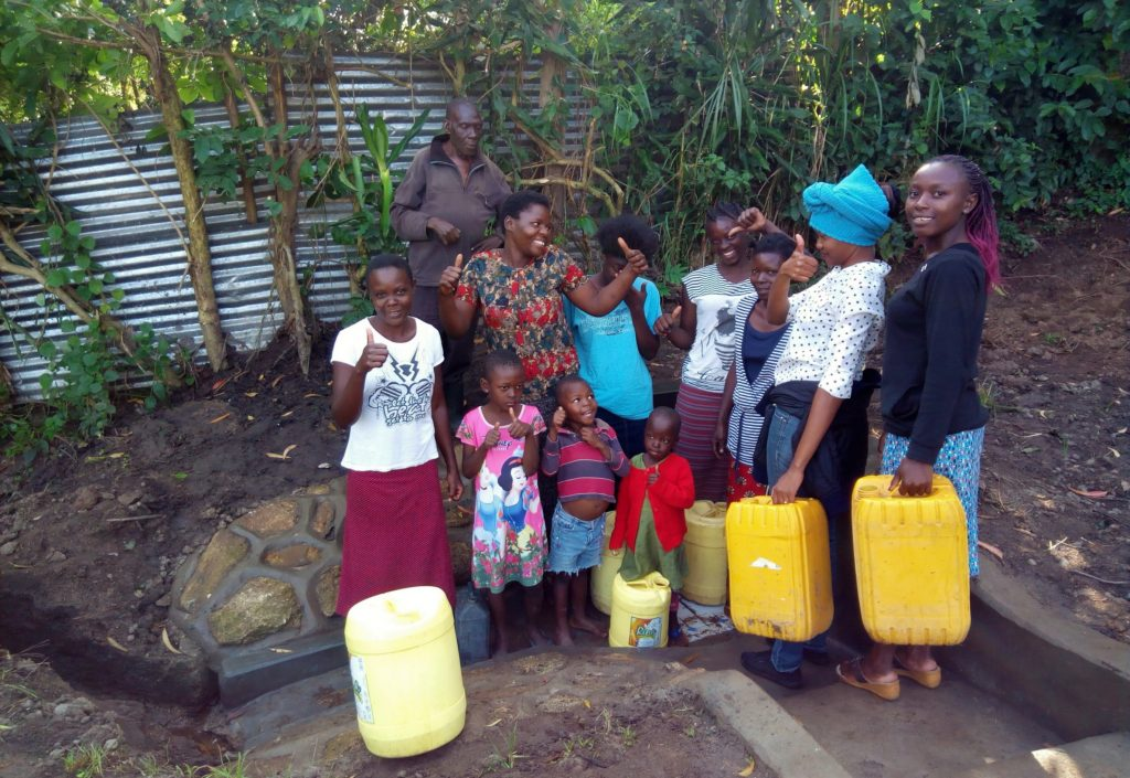 The Water Project : 15-kenya4735-clean-water