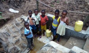 The Water Project : 16-kenya4736-clean-water