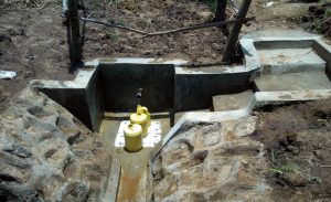 The Water Project : 17-kenya4736-clean-water