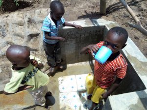 The Water Project : 18-kenya4736-clean-water