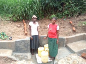 The Water Project : 19-kenya4739-clean-water