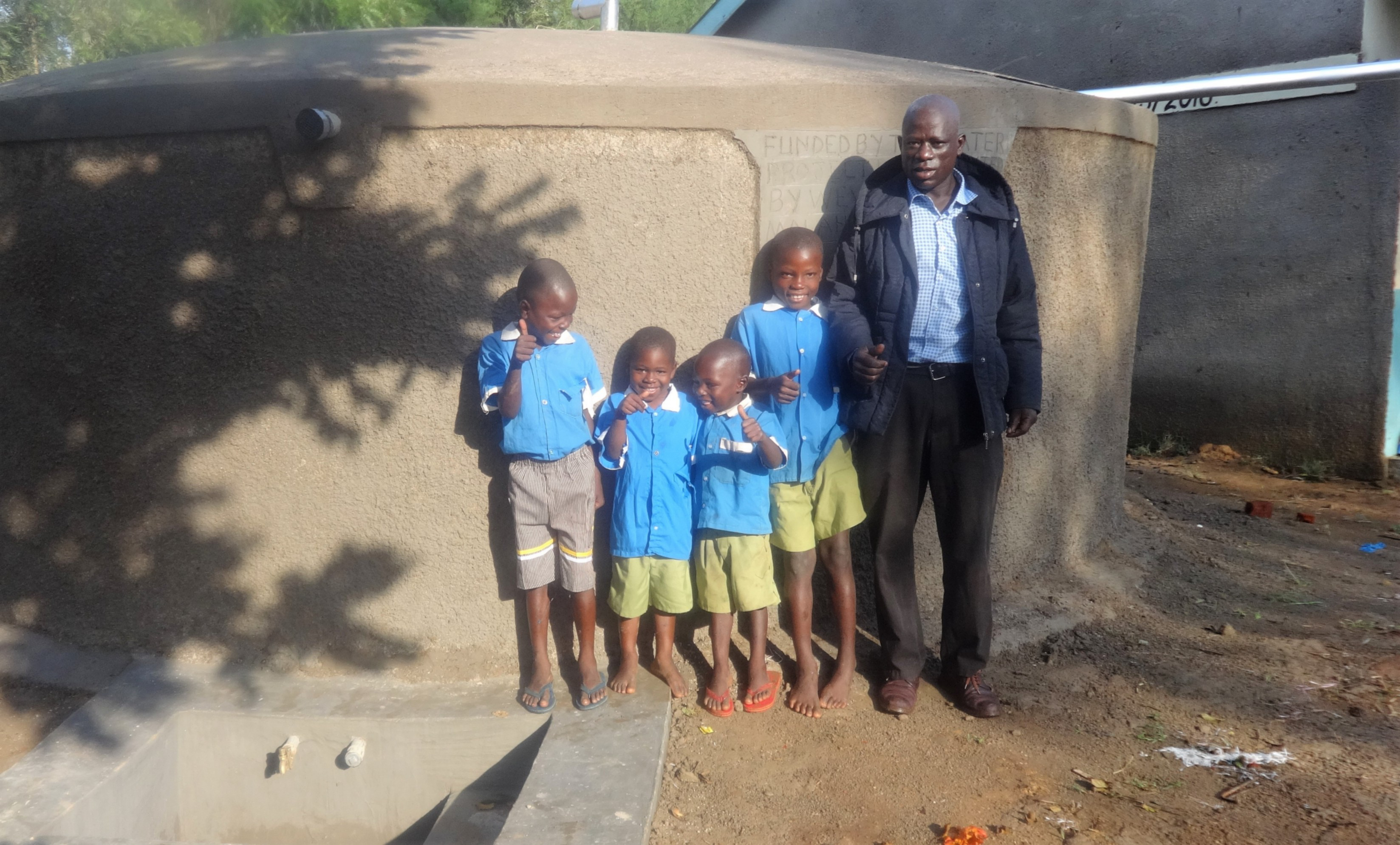 The Water Project : 20-kenya4680-clean-water